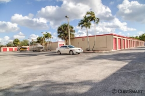 CubeSmart Self Storage - Davie - Photo 9