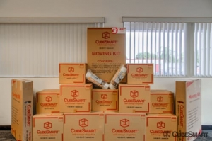 Image of CubeSmart Self Storage - Pembroke Pines - 10755 Pembroke Rd Facility on 10755 Pembroke Rd  in Pembroke Pines, FL - View 3