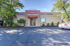 Image of CubeSmart Self Storage - Fairview Facility at 411 Anderson Ave  Fairview, NJ