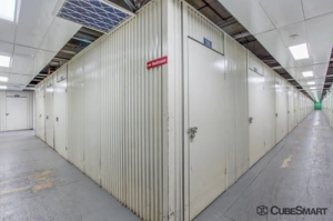 Image of CubeSmart Self Storage - Fairview Facility on 411 Anderson Ave  in Fairview, NJ - View 4