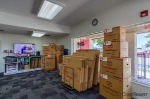 Image of CubeSmart Self Storage - Sarasota - 8250 N. Tamiami Trail Facility on 8250 N. Tamiami Trail  in Sarasota, FL - View 3