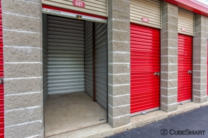 CubeSmart Self Storage - Enfield - Photo 6