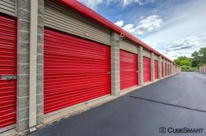 CubeSmart Self Storage - Enfield - Photo 5