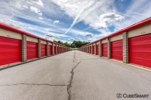 CubeSmart Self Storage - Enfield - Photo 8