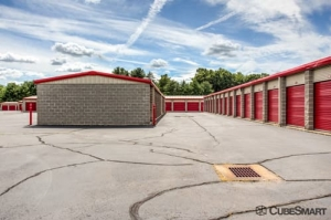 CubeSmart Self Storage - Enfield - Photo 9