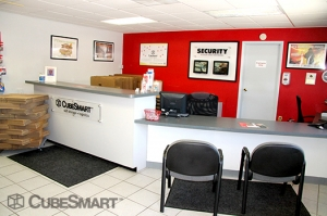 CubeSmart Self Storage - Sewell - Photo 3