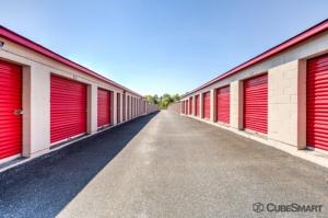 CubeSmart Self Storage - Burlington - 382 W. Harden Street - Photo 5