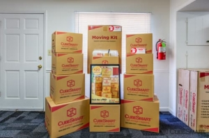 CubeSmart Self Storage - Burlington - 382 W. Harden Street - Photo 4