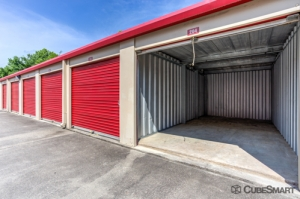 CubeSmart Self Storage - Burlington - 1226 S. Mebane Street - Photo 7