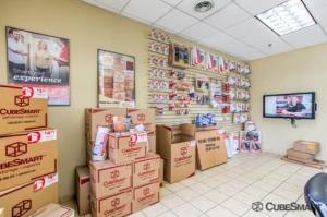 CubeSmart Self Storage - Bellwood - Photo 3