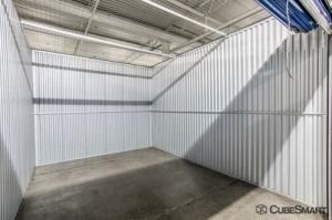CubeSmart Self Storage - Bellwood - Photo 8