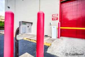 CubeSmart Self Storage - Baltimore - 8432 Pulaski Hwy - Photo 6
