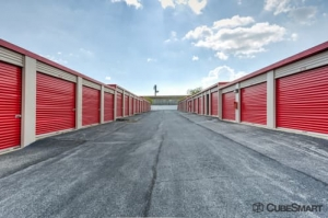 Image of CubeSmart Self Storage - Camp Springs Facility on 6104 Allentown Road  in Camp Springs, MD - View 4