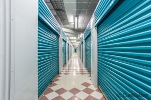 CubeSmart Self Storage - Bradenton - 6915 Manatee Ave West - Photo 7