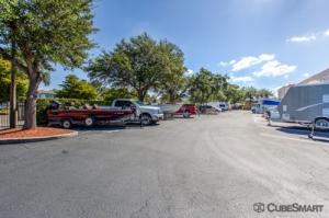 CubeSmart Self Storage - Bradenton - 6915 Manatee Ave West - Photo 8