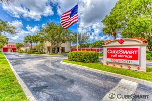 Image of CubeSmart Self Storage - West Palm Beach - 7501 S. Dixie Highway Facility at 7501 S. Dixie Highway  West Palm Beach, FL