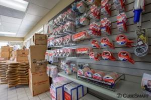 Image of CubeSmart Self Storage - Elk Grove Village Facility on 1750 Busse Road  in Elk Grove Village, IL - View 3