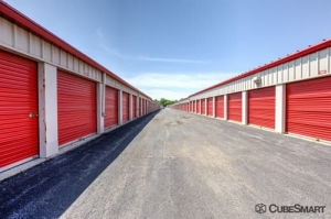 CubeSmart Self Storage - Gurnee - Photo 7
