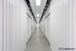 CubeSmart Self Storage - Joliet - 2114 Oak Leaf Street - Photo 4