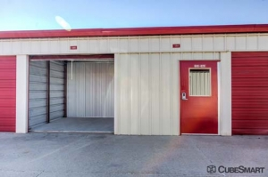 CubeSmart Self Storage - Joliet - 2114 Oak Leaf Street - Photo 9