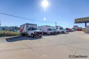 CubeSmart Self Storage - Joliet - 2114 Oak Leaf Street - Photo 10