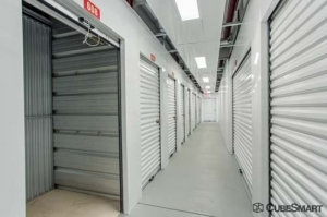 CubeSmart Self Storage - Joliet - 2114 Oak Leaf Street - Photo 5