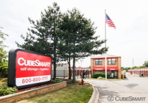 Image of CubeSmart Self Storage - Mundelein Facility on 1080 S. Butterfield Road  in Mundelein, IL