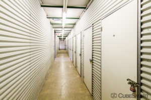 Image of CubeSmart Self Storage - Mundelein Facility on 1080 S. Butterfield Road  in Mundelein, IL - View 4
