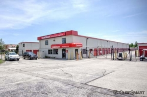 CubeSmart Self Storage - North Chicago - Photo 2