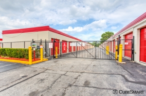 CubeSmart Self Storage - Waukegan - Photo 3