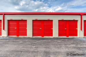 CubeSmart Self Storage - Waukegan - Photo 9