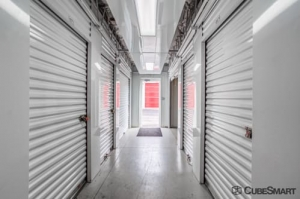 CubeSmart Self Storage - Waukegan - Photo 6