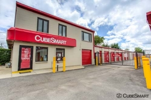 Image of CubeSmart Self Storage - West Chicago Facility at 27W125 North Avenue  West Chicago, IL