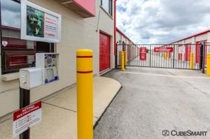 CubeSmart Self Storage - West Chicago - Photo 6