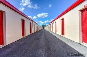 Image of CubeSmart Self Storage - Westmont Facility on 143 West 61St Street  in Westmont, IL - View 4