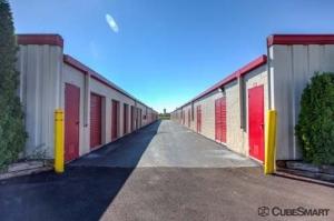 CubeSmart Self Storage - Wheeling - 1004 S. Milwaukee Avenue - Photo 6