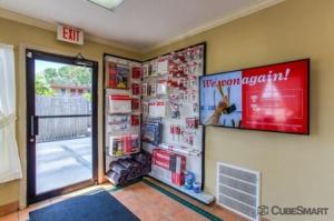 Image of CubeSmart Self Storage - Bradenton - 6512 14th Street West Facility on 6512 14th St W  in Bradenton, FL - View 3