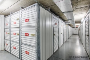 Image of CubeSmart Self Storage - Bradenton - 6512 14th Street West Facility on 6512 14th St W  in Bradenton, FL - View 4