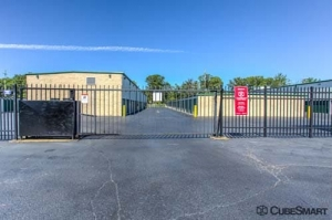CubeSmart Self Storage - Westlake - Photo 9