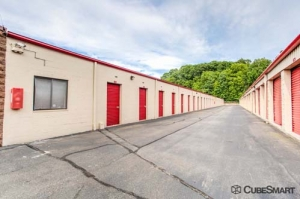 CubeSmart Self Storage - Newington - 175 Costello Road - Photo 2