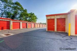 CubeSmart Self Storage - Stamford - Photo 5