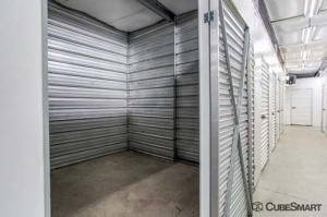 CubeSmart Self Storage - Old Saybrook - 167-3 Elm Street - Photo 5