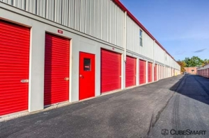CubeSmart Self Storage - Bristol - Photo 10
