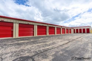 Image of CubeSmart Self Storage - Warrenville Facility on 30W330 Butterfield Rd  in Warrenville, IL - View 4