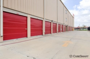 CubeSmart Self Storage - San Antonio - 838 N Loop 1604 E - Photo 7