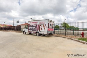 CubeSmart Self Storage - San Antonio - 838 N Loop 1604 E - Photo 10