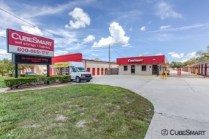 Image of CubeSmart Self Storage - Oviedo - 3651 Alafaya Tr. Facility at 3651 Alafaya Tr.  Oviedo, FL