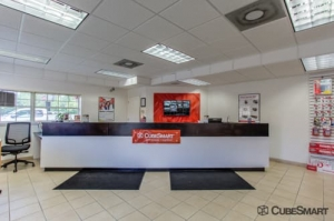 Image of CubeSmart Self Storage - Tampa - 4309 Ehrlich Rd Facility on 4309 Ehrlich Rd  in Tampa, FL - View 2