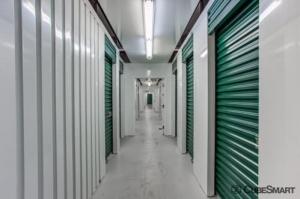 CubeSmart Self Storage - Tampa - 4309 Ehrlich Rd - Photo 7