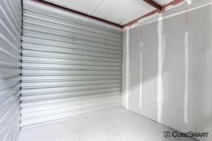 CubeSmart Self Storage - Tampa - 4309 Ehrlich Rd - Photo 9